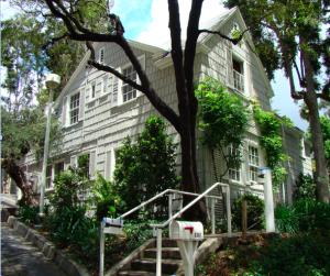 Recent photo of Hart's house in Hart Park (Photo by Leon Worden, Santa Clarita Valley Historical Society)