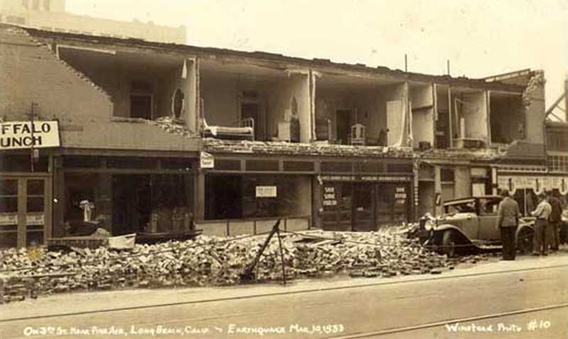 After the earthquake at Third and Pine streets in Long Beach