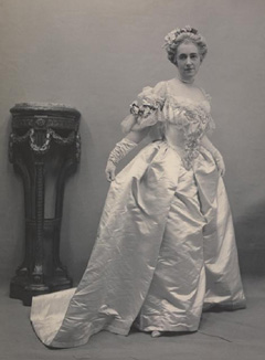Elsie de Wolf at the Hyde Ball 1905