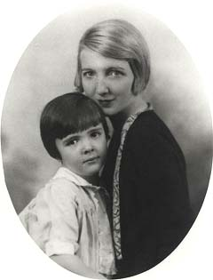 Edith 'Lucky' Luckett and her daughter Nancy, the future first lady